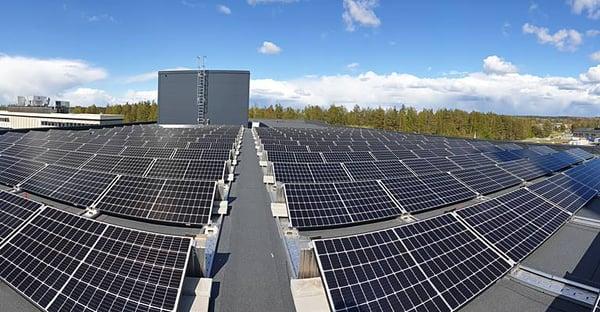 placas de energía solar en toyota