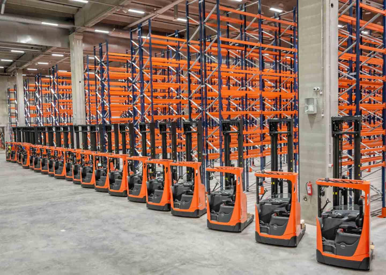 almacenamiento eficiente con carretillas elevadoras