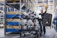 Operario técnica en planta de producción de Mjölby